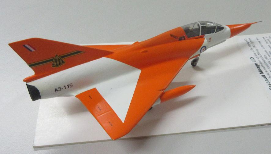 Dassault Mirage IIID b