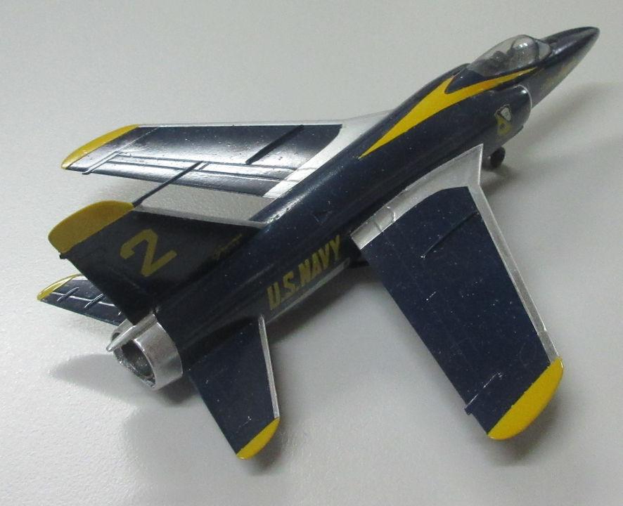 F11F a