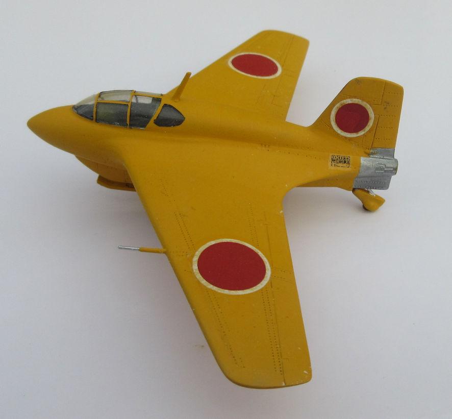 J8M1 a