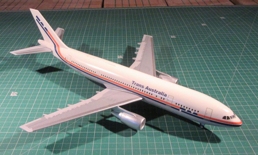 Airbus A300B4 - Airfix 144