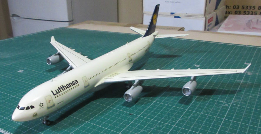 Airbus A340-200 Revell 144