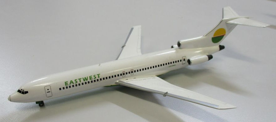 Boeing 727-300 - East West - Airfix 144