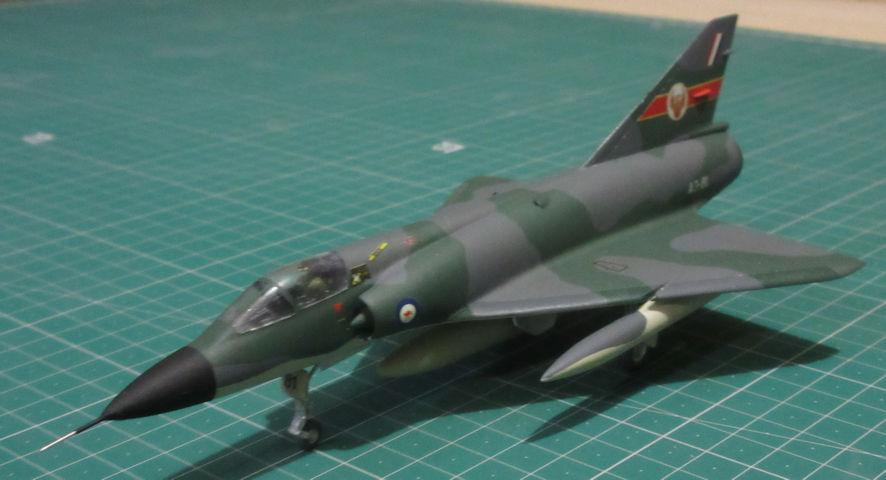 Dassault Mirage IIIO A3-83 - Frog 72