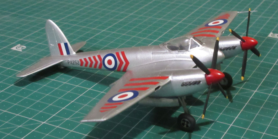 deHavilland Hornet F1 - special Hobby 72
